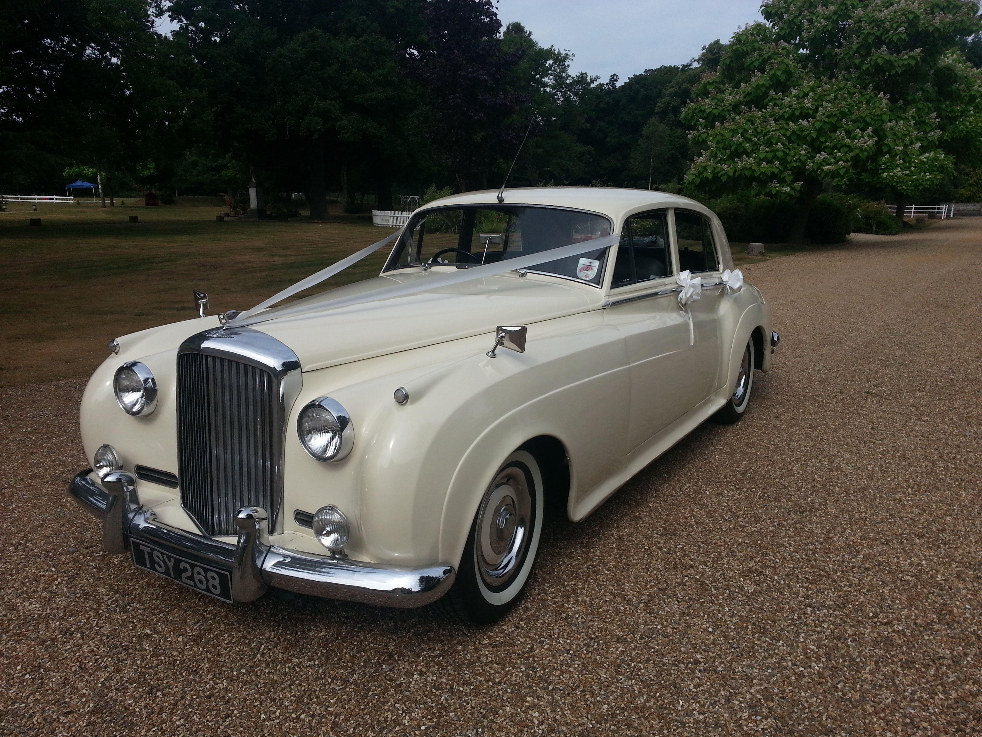 classic car hire wedding cars bentley s1 1956. Black Bedroom Furniture Sets. Home Design Ideas